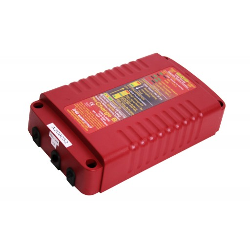 Sterling DC DC lader 24V 12V 13A (vanntett) Batteri